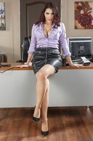Busty Secretary Valentina Nappi Gets Naked - 00