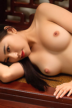 Wu Muxi Asian Beauty